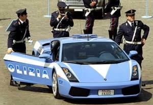 Lamborghini_Gallardo_Italian_Police_Car[1]