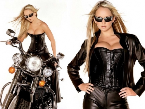 Motociclete si fete 4