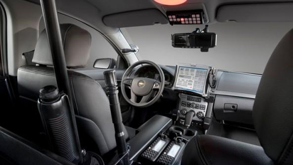 07-caprice-police-press
