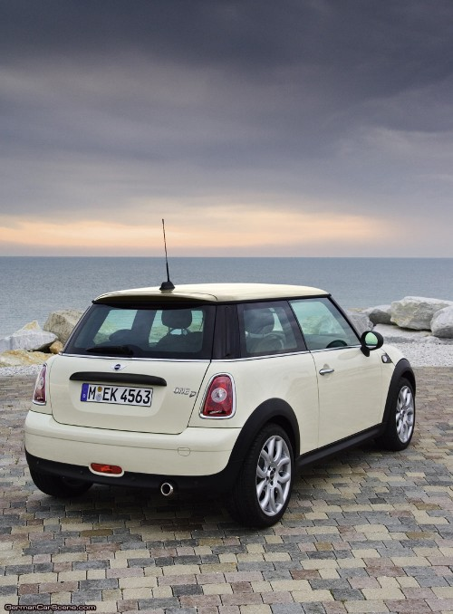 Mini One sau Mini Cooper