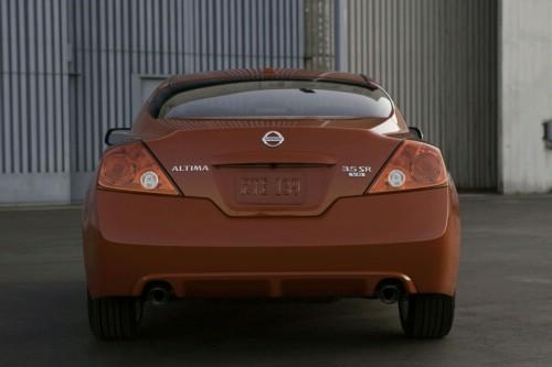 Nissan Altima Coupe-Un funduleţ obraznic