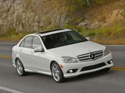 Mercedes-Benz C, clasa medie de lux