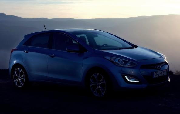 Hyundai_i30_2013_4