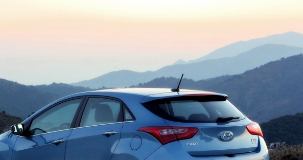Hyundai_i30_2013_5