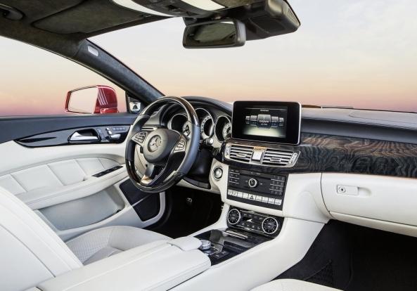 Mercedes-Benz-CLS-Class 3