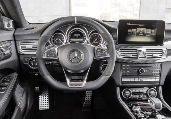 Mercedes-Benz-CLS-Class 4