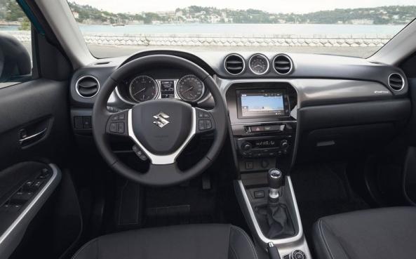 Suzuki-Vitara_2015 4