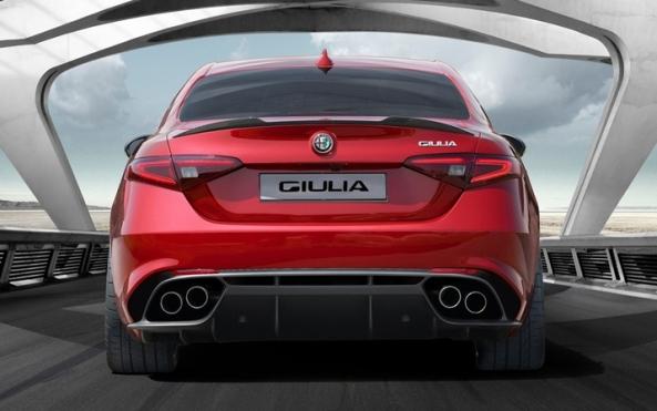Alfa_Romeo-Giulia_3