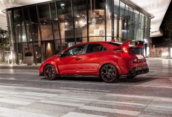 Honda-Civic_Type_R_2015_3_bucsoiu