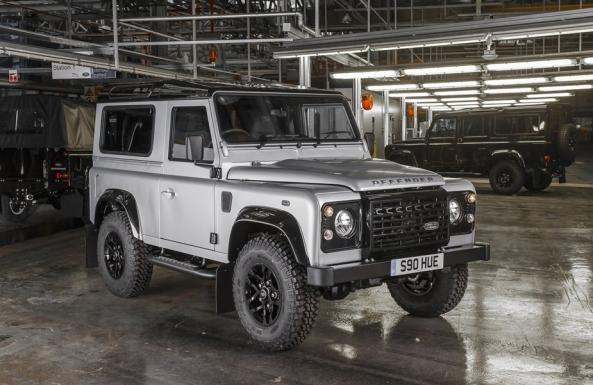 Land_Rover-Defender_2.000.000_1