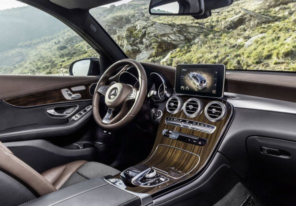 Mercedes-Benz-GLC_3