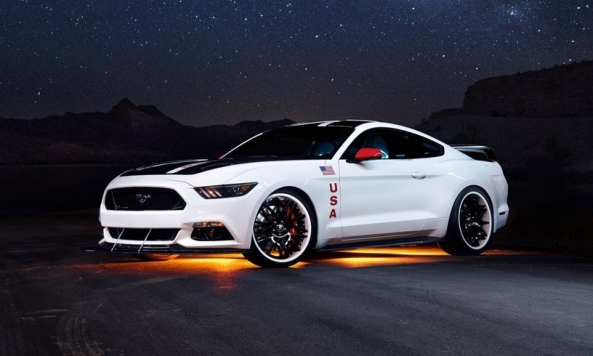 Ford-Mustang_GT_Apollo_Edition_2015_3