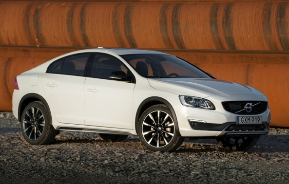 Volvo-S60_Cross_Country_1