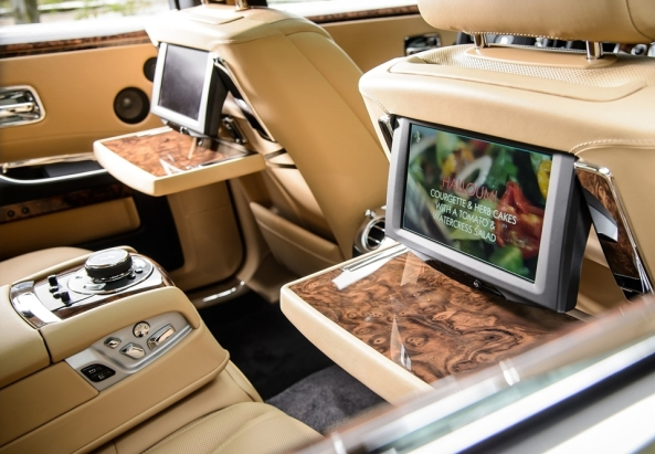 Rolls-Royce-Ghost_Series_II_2015_5