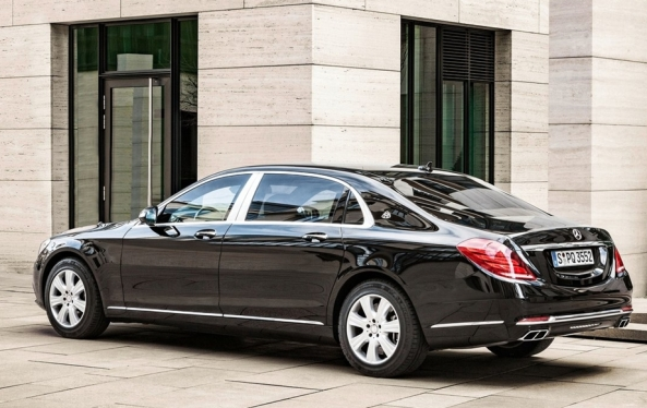 Mercedes-Benz-S600_Maybach_Guard_2016_03